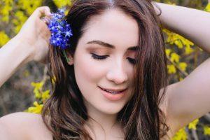 Allison Strongage, Birthday, Height, Net Worth, Family, Salary