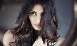 Athiya Shetty age, Birthday, Height, Net Worth, Family, Salary