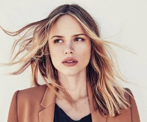 Halston Sage age, Birthday, Height, Net Worth, Family, Salary