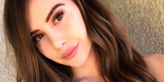 Leah Ashe age, Birthday, Height, Net Worth, Family, Salary