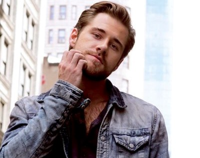 Luke Benward age, Birthday, Height, Net Worth, Family, Salary