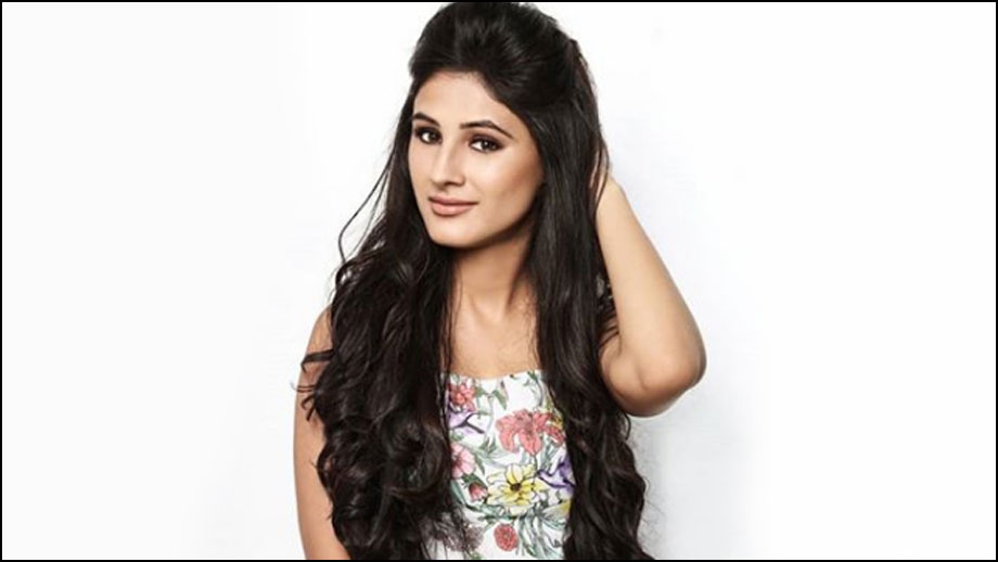 Saanvi Talwar age, Birthday, Height, Net Worth, Family, Salary