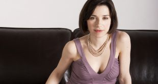 Sally Hawkinsage, Birthday, Height, Net Worth, Family, Salary