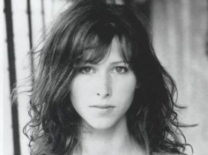 Sophie Hunter age, Birthday, Height, Net Worth, Family, Salary