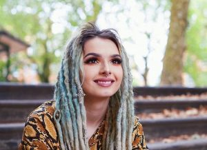 Zhavia age, Birthday, Height, Net Worth, Family, Salary