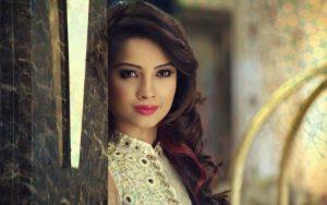 Adaa Khanage, Birthday, Height, Net Worth, Family, Salary