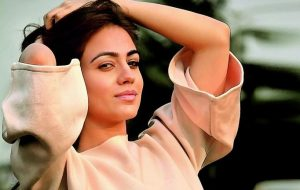 Aksha Pardasany age, Birthday, Height, Net Worth, Family, Salary