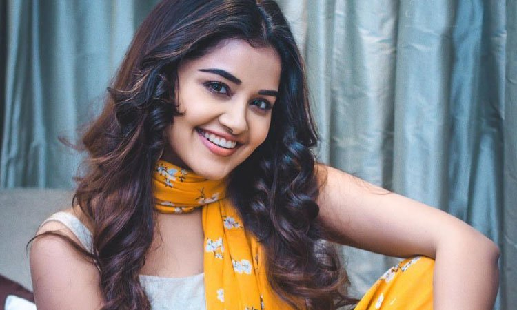 Anupama Parameswaran Age,birthday, Height, Net Worth, Family, Salary