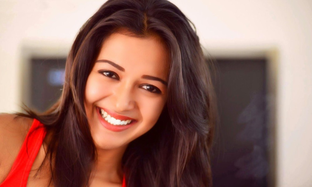 Catherine Tresa Age,birthday, Height, Net Worth, Family, Salary