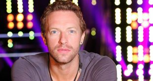 Chris Martin age, Birthday, Height, Net Worth, Family, Salary