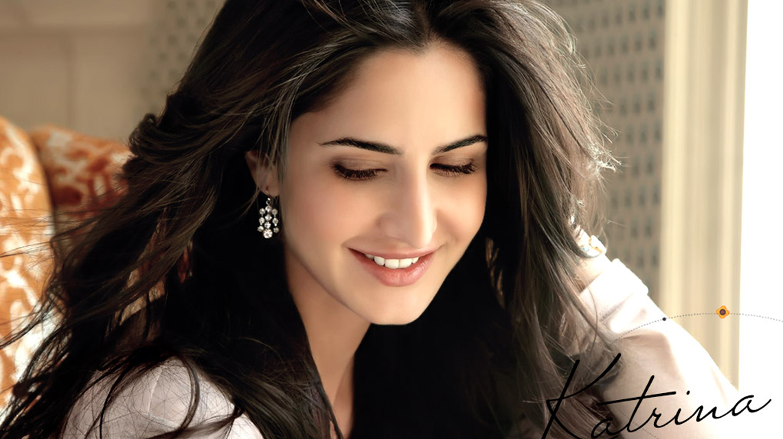 Katrina Kaif age, Birthday, Height, Net Worth, Family, Salary