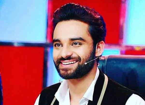 Nav Bajwa age, Birthday, Height, Net Worth, Family, Salary