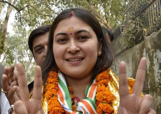 Ragini Nayakage, Birthday, Height, Net Worth, Family, Salary