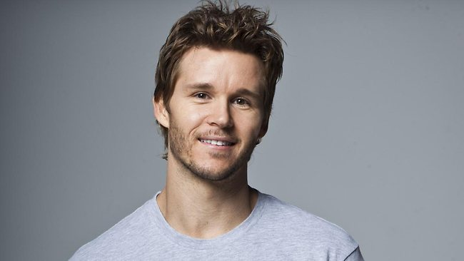 Ryan Kwanten age, Birthday, Height, Net Worth, Family, Salary
