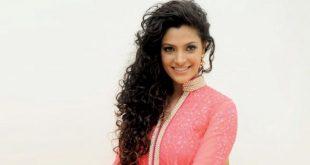 Saiyami Kherage, Birthday, Height, Net Worth, Family, Salary