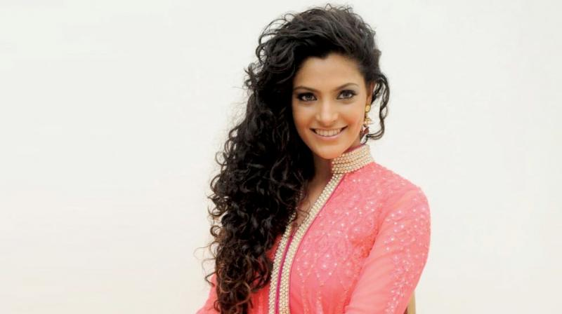 Saiyami Kher age, Birthday, Height, Net Worth, Family, Salary