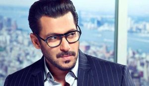 Salman Khan age, Birthday, Height, Net Worth, Family, Salary