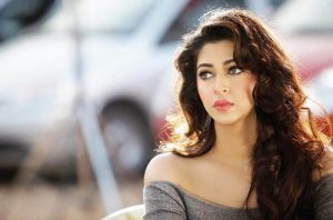 Sonarika Bhadoria age, Birthday, Height, Net Worth, Family, Salary