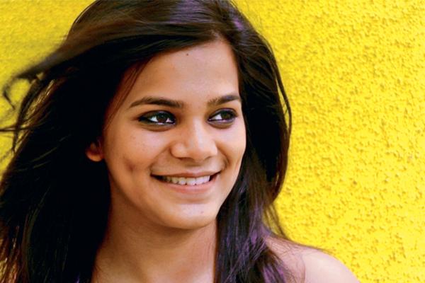 Srishti Shrivastavaage, Birthday, Height, Net Worth, Family, Salary