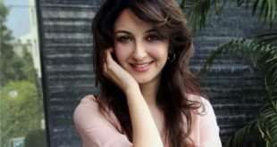 Saumya Tandon Age, Birthday, Height, Net Worth, Family, Salary