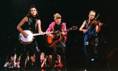 Trio Country Music Band Becomes Chicks From Dixie Chicks